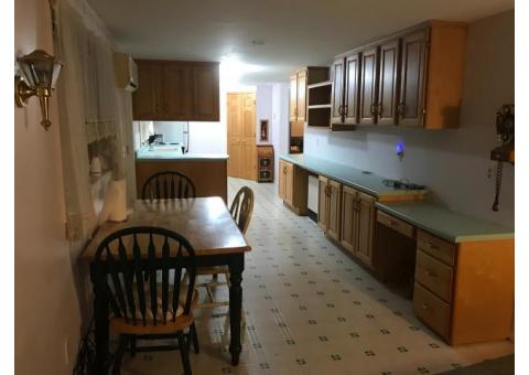 VERY NICE Apartment above garage in Country, Quiet setting